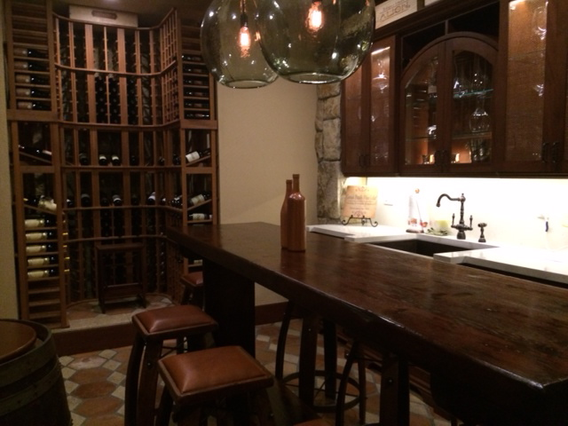 http://yourwinecellarman.com/wp-content/uploads/wineroom.jpg